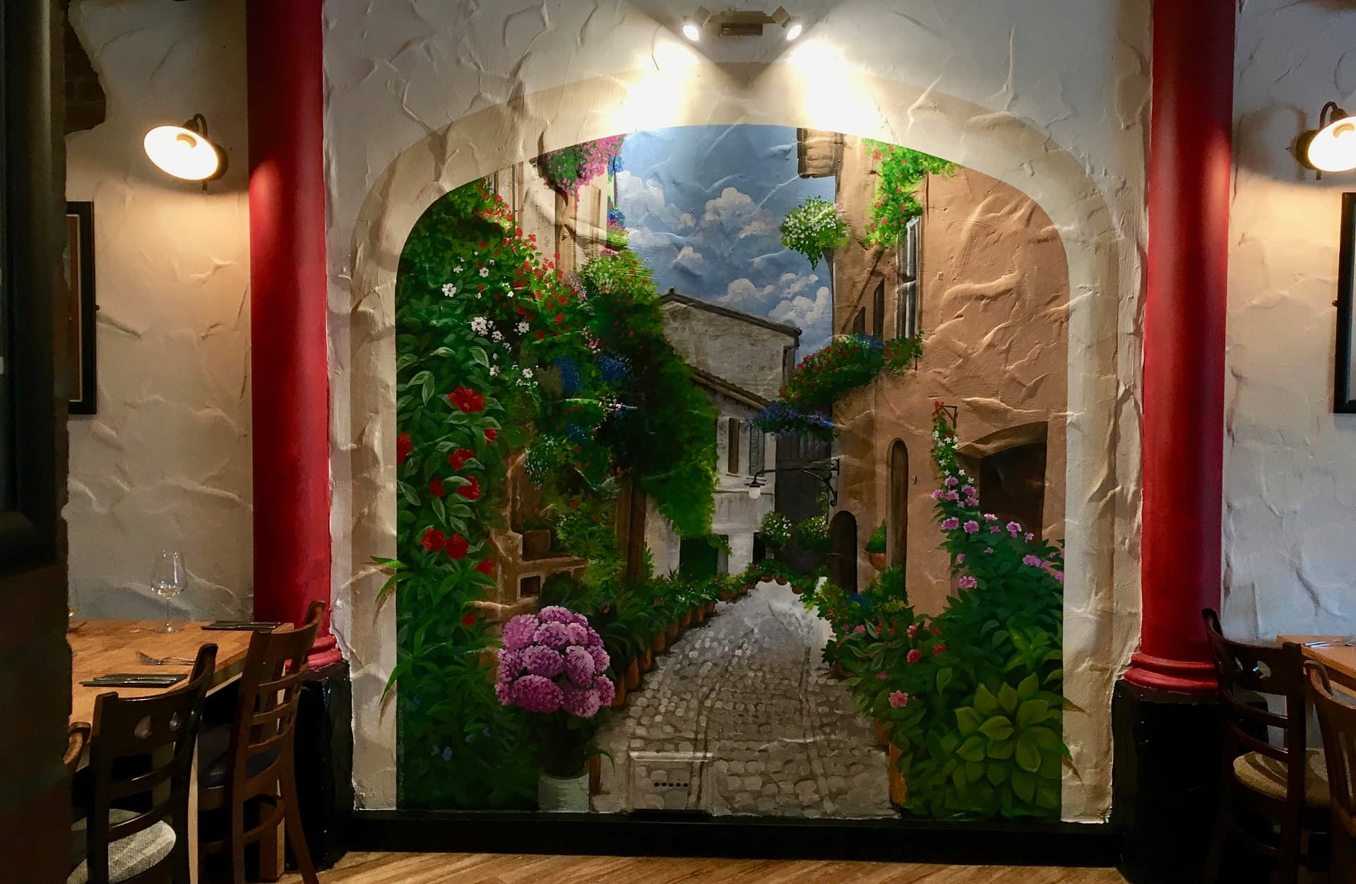 il Cancello Italian Restaurant Courtyard