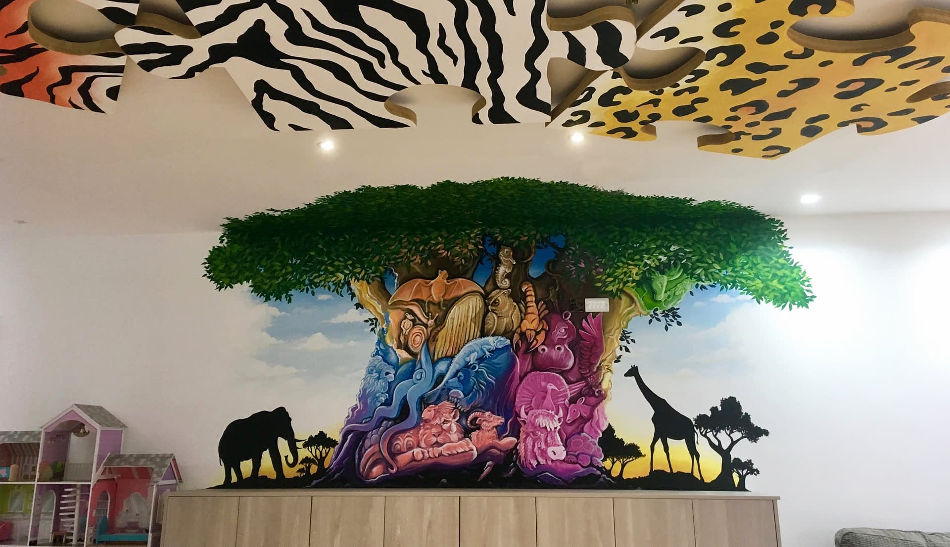 Tree Of Life ( Animal Kingdom ) Mural