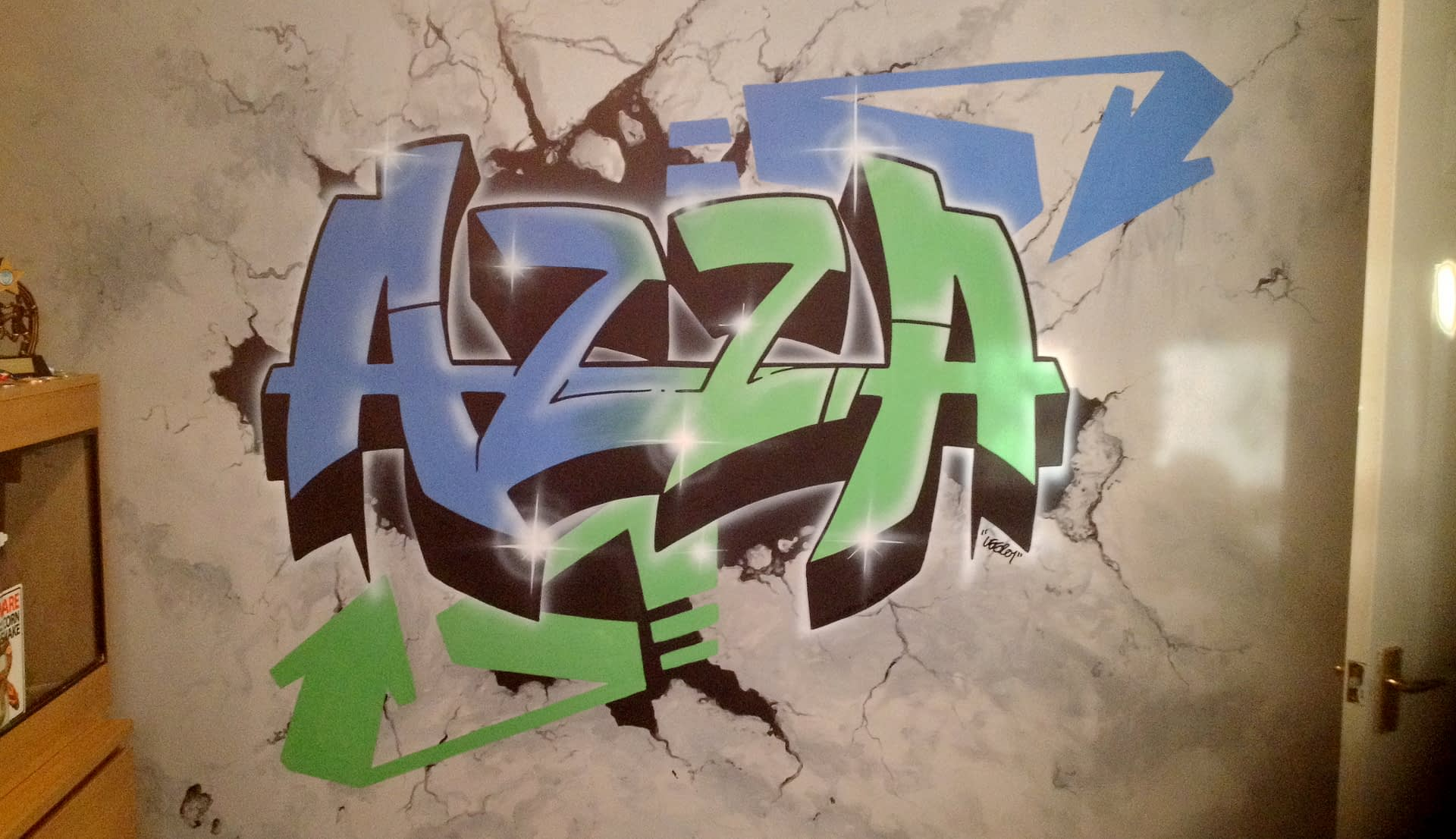 Azza Custom Graffiti
