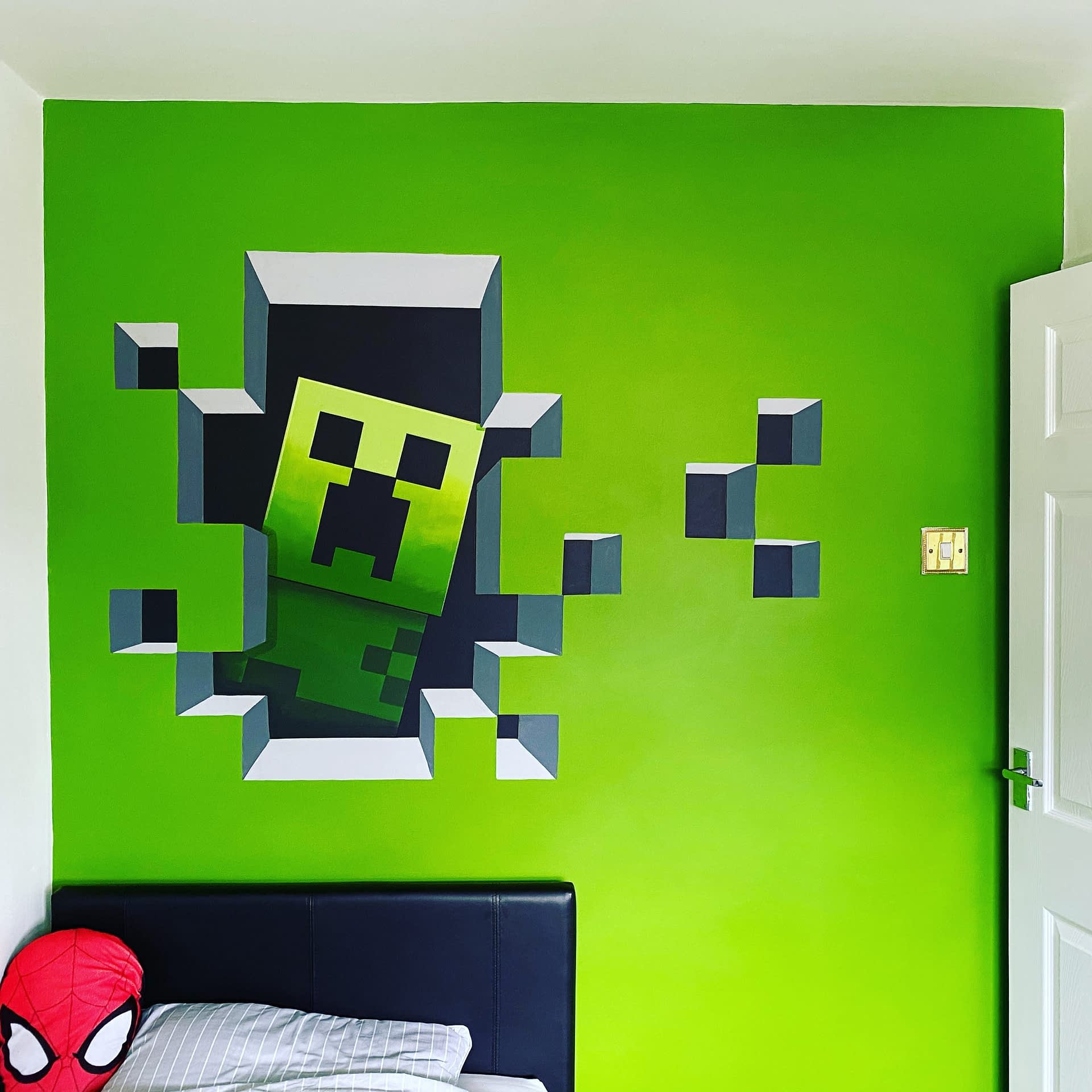 Don't fear The Creeper ( Minecraft )